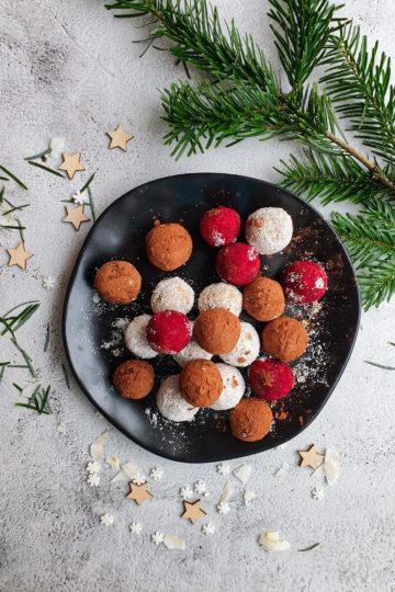 Morelowe pralinki, słodki deser bez białego cukru