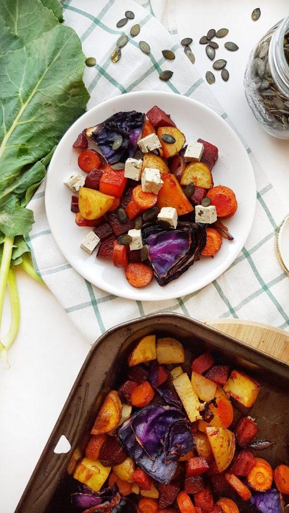 Aromatyczne pieczone warzywa z bazyliowym tofu