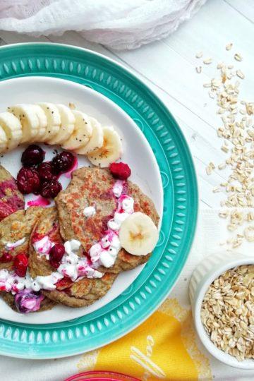Śniadaniowe placki bananowe, zdrowe śniadanie na słodko bez dodatku cukru