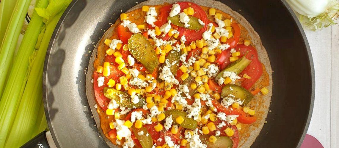Gryczana pizza z patelni