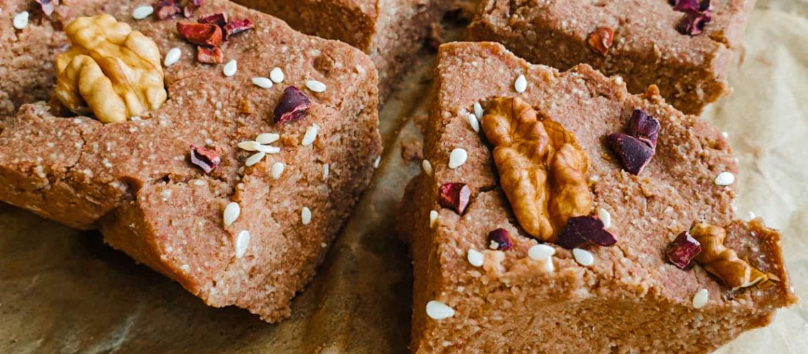 Wegańskie brownie bez pieczenia, bez cukru